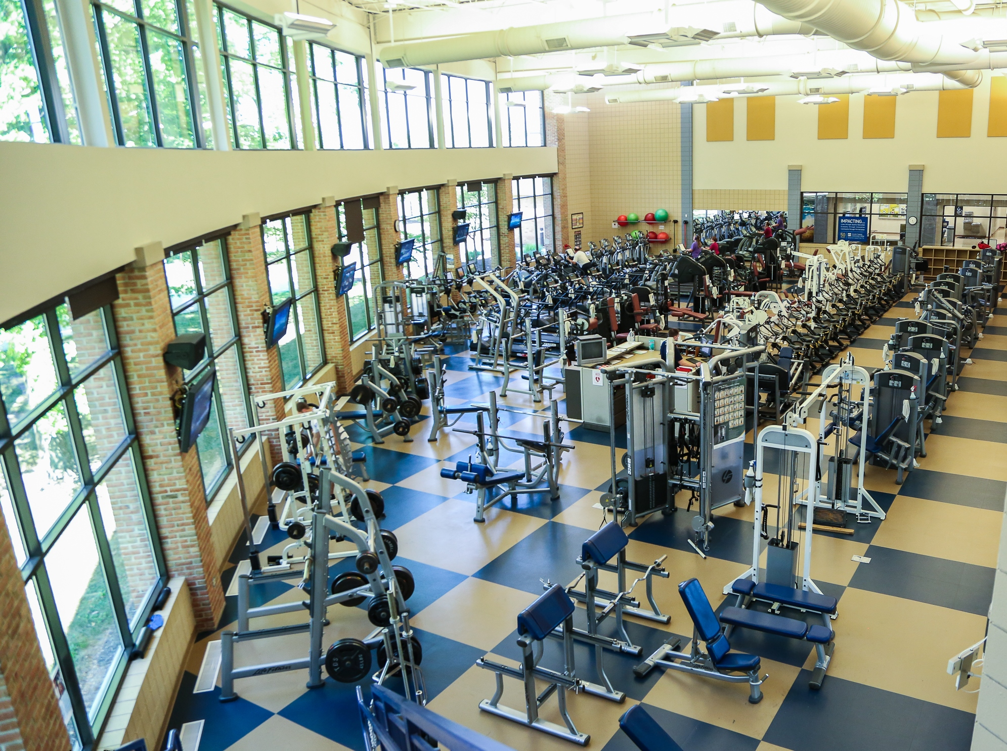 The LCCC Fitness center with equipment