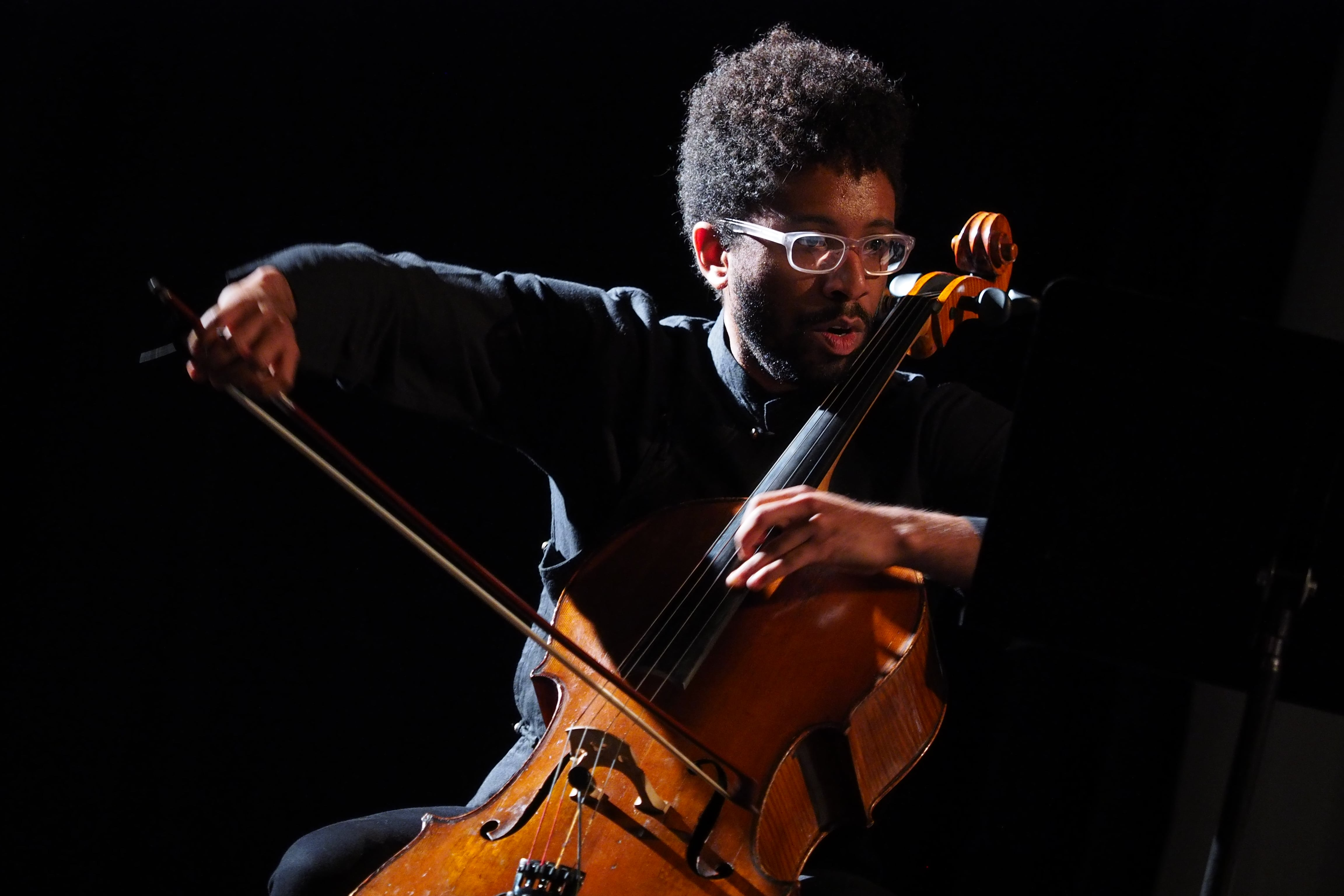 Seth Parker-Woods playing the Cello