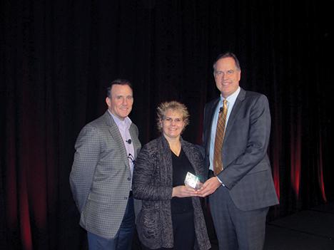 Wendy Blount Receives Pinnacle Award
